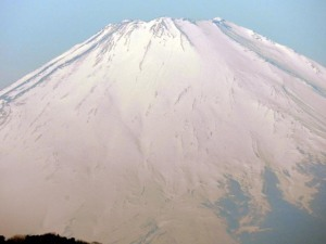 Close up view of morning Fuji on January 31, 2013